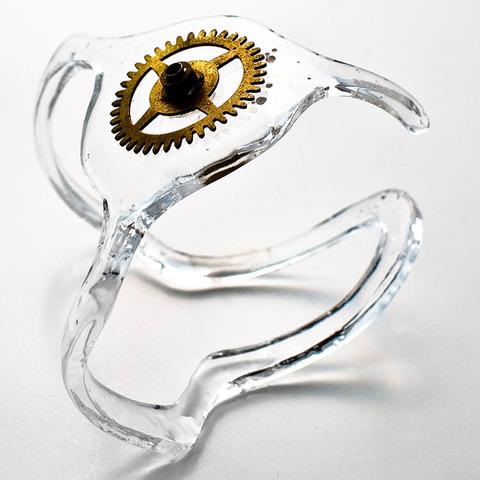 cirkuita-spaceship-bracelet-from-old-clock-spring